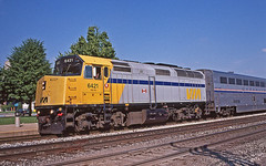 VIA F40s in Battle Creek: 4 (craigsanders429) Tags: viarailcanada passengertrains viaf40s f40s amtrak amtraktrains amtrakinmichigan amtraksinternational amtrakstations amtraksuperliners railroadtracks yellow locomotives