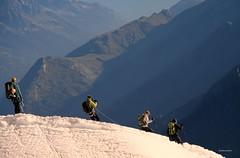 (claudiophoto) Tags: montblanc montebianco alpi choamonix courmayer alps italianalps montagne mountains vette cime alpinisti alpinismo