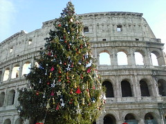 Colloseo sotto le feste (fotokoci) Tags: street old city urban italy rome roma building art heritage history monument stone architecture outside photo italian ancient europe italia arch foto image roman antique background web famous centro arc culture streetphotography free center images historic unesco colosseum antica cc empire creativecommons use download gratis amphitheater libre gladiator colosseo publicdomain anfiteatro archi flavian 免费 norightsreserved nocopyright wtfpl cc0 dominiopubblico