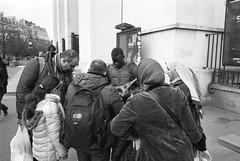 (KJM427) Tags: leica blackandwhite bw paris france film se kodak 28mm trix humor eiffeltower streetphotography m6 asph f28 400iso leicam6 kodaktrix400 elmarit 2828 silverfast plustek elmarit28mmasph opticfilm 8200i kjm427 plustekopticfilm8200ise silverfast8seplus