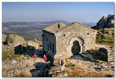 Runas da capela de S. Miguel (vmribeiro.net) Tags: portugal miguel s medieval middle romanesque ages romanico monsanto capela runas