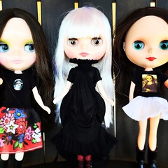 We <3 SqueakyMonkey! (bauer blue) Tags: doll blythe mws blythedoll squeakymonkey rosiered blytheoutfit cadencemajorette