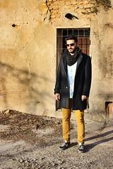 Mi cuao to wuapo digno de portada de editorial. (maikrofunky) Tags: sun man sol sunglasses fashion 35mm canon model moda style modelo editorial otoo invierno guapo hombre newbalance notreatment 600d