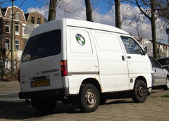 2001 Daihatsu Hijet 1.3i 16V Van (rvandermaar) Tags: 2001 daihatsu hijet 13 van daihatsuhijet sidecode6 38vxph grijskenteken 16v 13i rvdm
