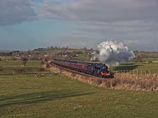 """LMS Class 5MT 4-6-0 No 45407 (the Lancashire Fusilier) in charge of the """"The Winter Cumbrian Mountain Express"""" south of Langwathby"""