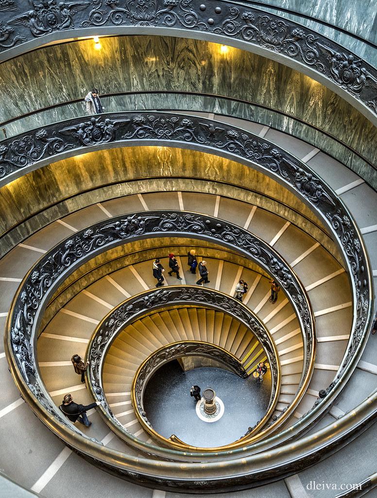 The world 39 s best photos of escalera and vaticano flickr for Escalera 9 escalones