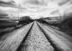 Velocidad de vaco [EXPLORE] (mls2012) Tags: espaa white black blanco speed landscape spain y bokeh negro paisaje via desenfoque velocidad ruyales