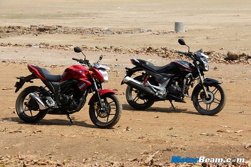 Hero-Xtreme-Sports-vs-Suzuki-Gixxer-12