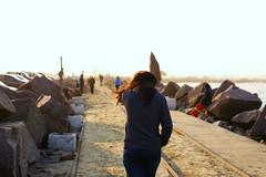 Walk (lucaskhaleq) Tags: walk person beach praia canon pessoa friend
