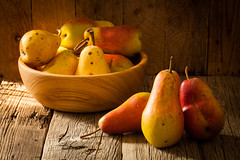 fresh ripe organic pears on a wooden table (igorpalamarchuk) Tags: pear wooden background fruits white food healthy fresh fruit organic ripe top green yellow studio nobody freshness diet juicy summer vintage table natural closeup wood rustic sweet delicious vegetarian williams autumn backgrounds
