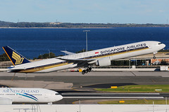 Singapore Airlines Boeing 777-312/ER 9V-SWN (Mark Harris photography) Tags: spotting aircraft plane aviation canon 5d sydney yssy