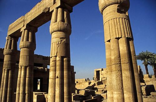 "Ägypten 1999 (315) Karnak-Tempel: Akh-menu des Thutmosis III. • <a style=""font-size:0.8em;"" href=""http://www.flickr.com/photos/69570948@N04/28360256234/"" target=""_blank"">View on Flickr</a>"