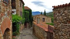 Castelnou (Great!) Tags: historisch historical village dorp lesplusbeauxvillages frankrijk france langeuedoc castelnou