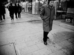 on the streets of nanjing (-{ ThusOriginal }-) Tags: 2009 bw blackandwhite china city digital grd3 grdiii monochrome nanjing people ricoh street thusihaveseen winter