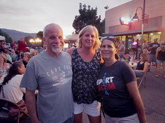Laura and her pals from New York (EllenJo) Tags: clarkdalearizona clarkdale arizona az pentaxqs1 pentax blockparty july29 2016 ellenjoroberts ellenjo digitalimage 89a highway89a mainstreet 86324 smalltownlife verdevalley laura bonnie friends newyorkers deportracism