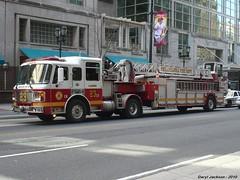 Philadelphia Fire Department Ladder 23 (GhostStationPA86) Tags: philadelphia unitedstates pennsylvania ladder feuerwehr bomberos firedepartment brandweer tiller americanlafrance bombeiros