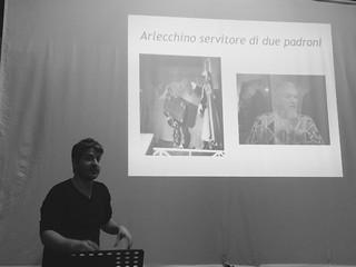 Oggi lezione di Storia del Teatro...