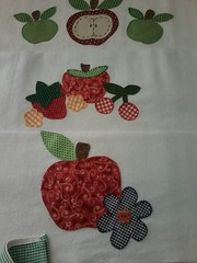 """20150223_142735 (""""ARTEIRICES"""" By R IANGUAS) Tags: frutas de patchwork morango copa panos cozinha cereja maa pera apliqu futas panosdepratos"""