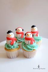 Snowmen! (Little Cottage Cupcakes) Tags: christmas cupcakes snowman mini snowmen fondant christmascupcakes minicupcakes sugarpaste littlecottagecupcakes