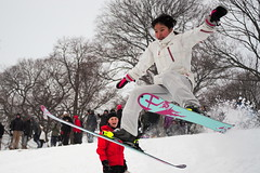 27/01/15 - Medford/Somerville, MA - A student mounts a homemade ski jump on President's Lawn during Winter Storm Juno (consolecadet) Tags: winter snow university skiing daily tufts blizzard tuftsuniversity winterstormjuno