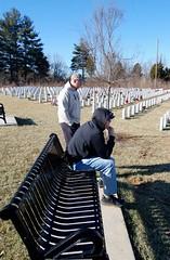 Lending a hand at Kentucky Vets Cemetery (Army HRC) Tags: hrc brookfield fortknox paulevans radcliff chuckheater vinegrove humanresourcescommand davidruderman steveegan kentuckystatedepartmentofveteransaffairs kentuckyveteranscemeterycentral alexharmonjr donnabetson vfwpost10281