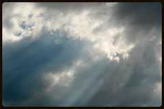 Blue rays (Zelda Wynn) Tags: newzealand sky nature weather auckland cloudscape troposphere bluerays artgalleryofnswinspiredbyalfredstieglitz zeldawynnphotography searchingforangels