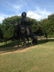 Statue cattle drive (barxtattoo) Tags: statue texas shadows cattle waco