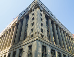 Chicago City Hall (Anthony's Olympus Adventures) Tags: chicago chicagoloop lasalle chicagoil townhall cityhall architecture angle triangle building holabirdroche classicalrevival marble municipal governmentbuilding