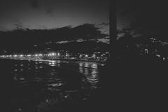 arpoador without colors (Leticia Manosso) Tags: rio de janeiro brazil sunset time beach seaside people ball morro mountian relevo favela preto e branco monochrome black white
