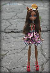 IMG_8311 (Cleo6666) Tags: mattel monsterhigh monster high clawdeen clawdeen17 ooak custom repaint doll