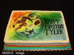 M00912 (merrittsbakery) Tags: cake birthday toys robot bionicle