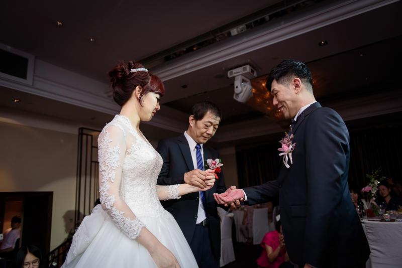 國賓婚攝,台北國賓,國賓飯店婚宴,新秘Miko ,婚攝小勇,台北婚攝, 愛瑞思新娘秘書造型團隊,西敏英國手工婚紗,小寶工作室-027