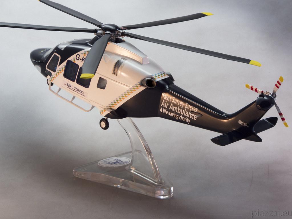 Elicottero 1 32 : The world s best photos of elicottero and scala
