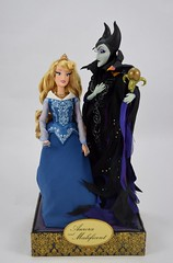 Aurora and Maleficent Doll Set - Disney Fairytale Designer Collection - Deboxing - Freed From Rear Plastic Support - Full Front View (drj1828) Tags: us disneystore dfdc heroesandvillains disneyfairytaledesignercollection 2016 purchase sleepingbeauty aurora blue maleficent 12inch limitededition le6000 deboxing