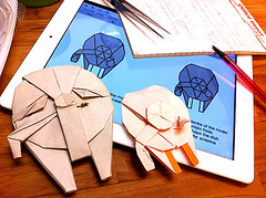 I'm a test folder for Starwarigami's Millennium Falcon (Matayado-titi) Tags: starwars origami fighter space millenium millennium diagram falcon vehicle spaceship starship sugamata matayado
