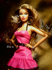 Anja (krixxxmonroe) Tags: fashion toys photography ryan d convention monroe ira royalty styling anja tropicalia integrity krixx