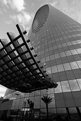Tamkeen Tower, All the glory in Gown of Marble Nov-21-14 (Bader Alotaby) Tags: city tower skyline architecture clouds skyscraper photoshop photography nikon monotone boom riyadh saudiarabia bader tameen