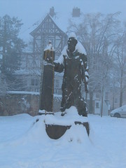 Fritzlar IMG_2425 (martinfritzlar) Tags: fritzlar bonifatius schwalmederkreis nordhessen hessen deutschland denkmal schnee germany hesse snow saintboniface