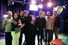 194. Еп. Арсений с сотрудниками телеканала ГЛАС 2009 г