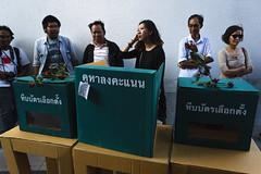 20150214-เลือกตั้งที่ลัก -89 (Sora_Wong69) Tags: people thailand bangkok protest police liberalism activist politic assembly coupdetat nonviolenceaction supportelection