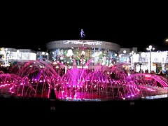 musical fountain (Mohamad Khedr) Tags: music water fountain colors square lights soho egypt sharmelsheikh egipto egitto egipte egypte egito egypten egiptus egipt egypti egyiptom