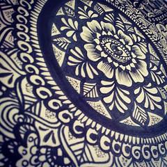 Todo listo para la clase de Zentangles!  Sper emocionada por comenzar   #zentangle #mandalaart #drawing #art #design #psychedelic (hennashantalla) Tags: art square drawing mandala squareformat marker evileye zentangles iphoneography instagramapp xproii uploaded:by=instagram