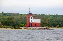 Round Island Station Lighthouse (john.blake89) Tags: lighthouse red michigan lake nikon d70 usa lighthouses water