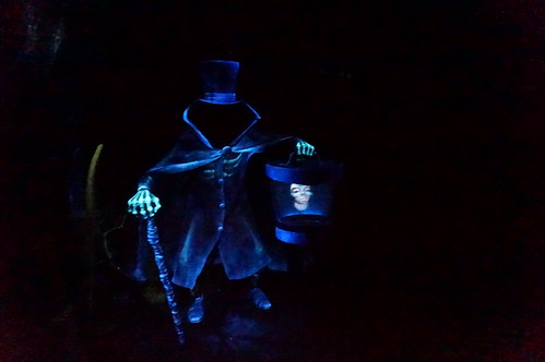 "The Hatbox Ghost • <a style=""font-size:0.8em;"" href=""http://www.flickr.com/photos/28558260@N04/28341939943/"" target=""_blank"">View on Flickr</a>"