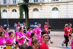 25lap2016 (photo & life) Tags: paris france europe colors photography photolife jfl women girls running parisienne 2016 laparisienne2016 carnaval fujifilm fujinon fujifilmxpro2 fujinonxf35mmf2rwr xpro2 ville city street streetphotography humanistphotography