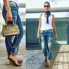 Hoy en el blog/today on http://ift.tt/2387Re9 noches de lunes! A descansar! Gracias por estar aqu a mi ladito cada da!  #streetstyle #streetfashion #fashion #follow #follow4follow #inspiration #instagram #ins (elblogdemonica) Tags: ifttt instagram elblogdemonica fashion moda mystyle sportlook springlooks streetstyle trendy tendencias tagsforlike happy looks miestilo modaespaola outfits basicos blogdemoda details detalles shoes zapatos pulseras collar bolso bag pants pantalones shirt camiseta jacket chaqueta hat sombrero