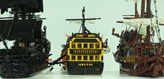 The Sinking of the HMS Endeavour (W. Navarre) Tags: lego potc pirates caribbean endeavour flying dutchman black pearl water