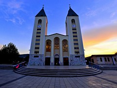 Chiesa di S. Giacomo Medjiugorie (Arcieri Saverio) Tags: croazia fede medjiugorie nikon bosnia maria d5100 sigma 1020mm chiesa blue sangiacomo cattedrale church orablu
