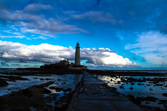 St Marys Lighthouse (stuartnorman1) Tags: causeway rockpools rocksseaside whitleybay lighthouse northsea