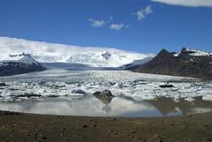 Glacier lake Breirln (VinayakH) Tags: iceland nationalpark lagoon glacier icebergs glacierlagoon vatnajkull rfajkull breirln fjallsjkull fjallsrln vatnajkullnationalpark